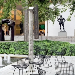 Chaise Knoll BERTOIA OUTDOOR avec galette d'assise