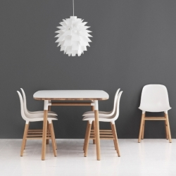 Table Normann copenhagen FORM TABLE 120 x 120