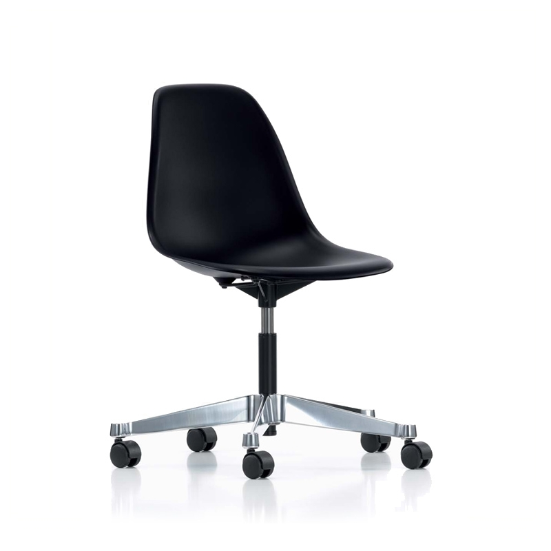EAMES PLASTIC SIDE CHAIR PSCC sur roulettes