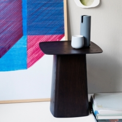 Table d'appoint guéridon Vitra WOODEN SIDE TABLE