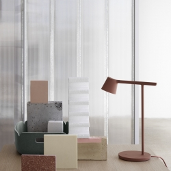 Lampe de bureau Muuto TIP TABLE LAMP