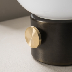 Lampe à poser Menu JWDA métal