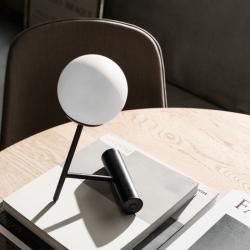 Lampe à poser Menu PHARE LED