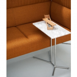 Table d'appoint guéridon Tacchini LEDGE