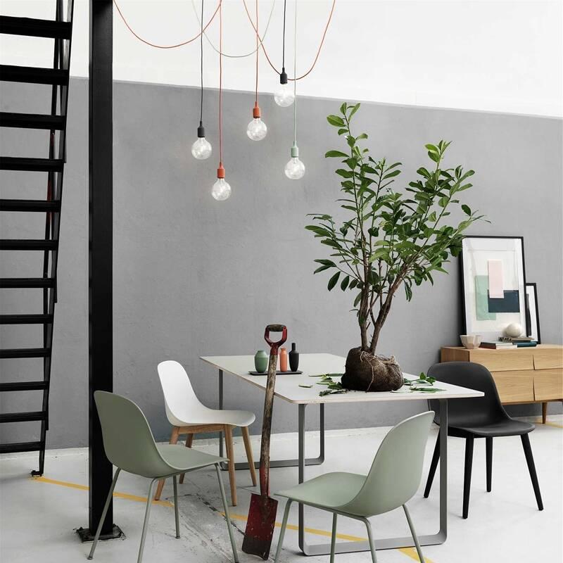 suspension e27 rosace multiple muuto silvera. Black Bedroom Furniture Sets. Home Design Ideas