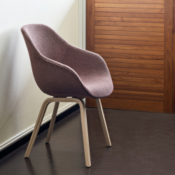 Petit Fauteuil Hay ABOUT A CHAIR AAC 123