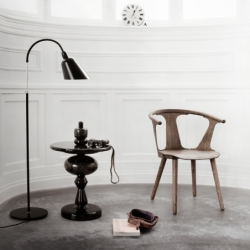 Petit Fauteuil And tradition IN BETWEEN CHAIR SK1