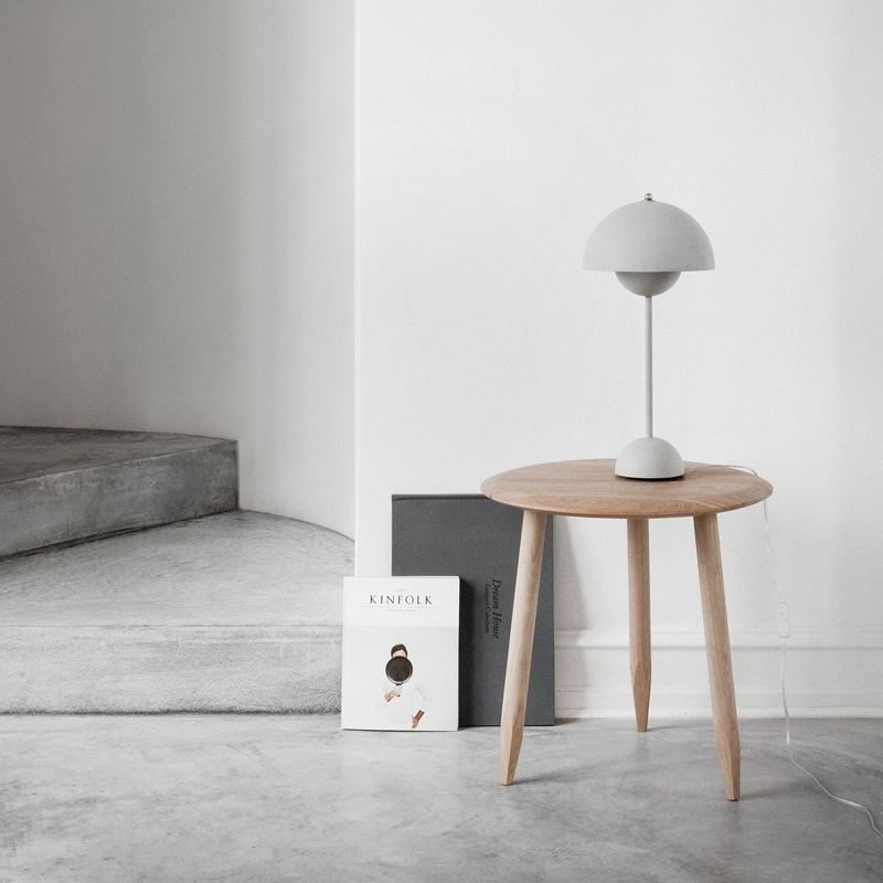 HOOF TABLE Ø 50