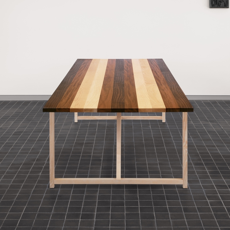 STRIPE TABLE
