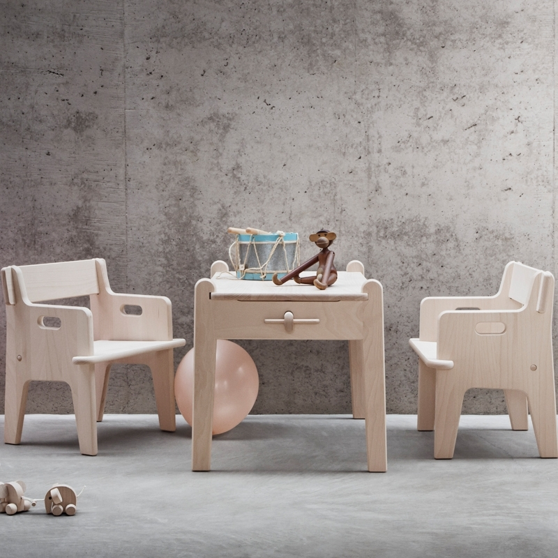 Table enfant PETER CH411