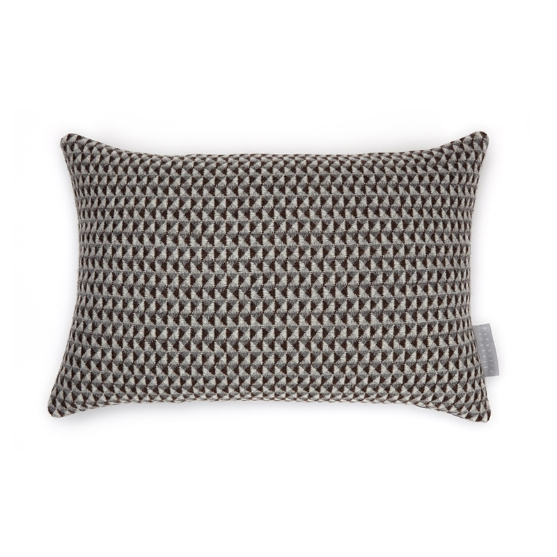 Coussin Eleanor pritchard Coussin QUAIL'S EGG
